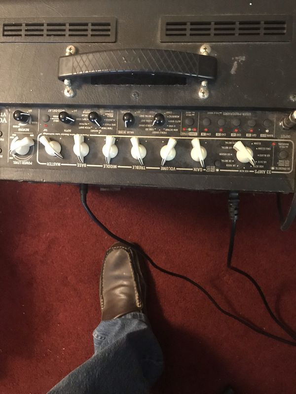 Peavey Electric Guitar with Amp and Foot Pedal