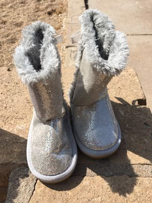 Toddler girls boots for Sale in Glendale, AZ