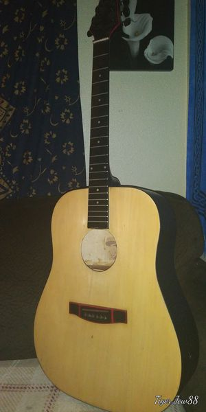Guitar 🎸 for Sale in Gresham, OR