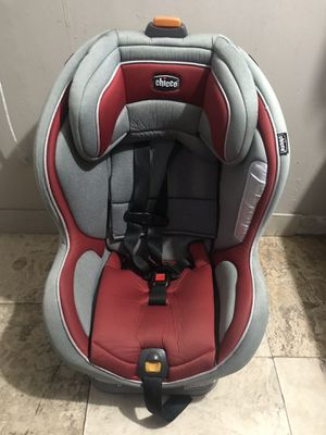 Chicco car seat for Sale in Greenacres, FL