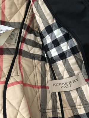 Amazing Burberry jacket like new for Sale in Miami, FL