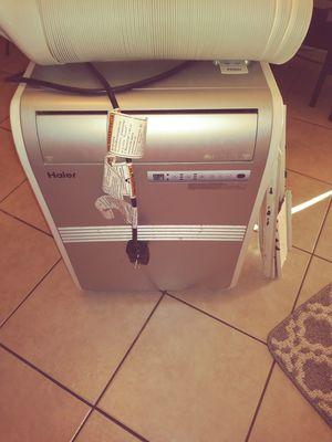 Haier floor model AC unit for Sale in Phoenix, AZ