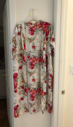 XL Mid length cardigan for Sale in Las Vegas, NV