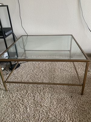 Glass coffee table. for Sale in Houston, TX
