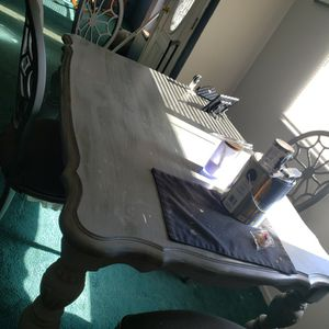 Free Solid Wood Table for Sale in Hesperia, CA