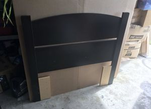 Twin bed headboard for Sale in Tampa, FL