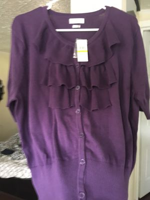 Van Heusen Quarter Length Sleeves (Sweater) for Sale in Rutherfordton, NC