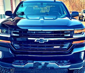 For sale 2016 Silverado LT Z71 for Sale in Charlottesville,  VA