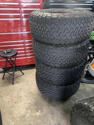 5 - 33x12.50x15 BFG all terrain KO2 tires on 15x8 wheels for Jeep Wrangler for Sale in Carlsbad, CA