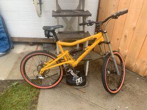 Santa Cruz Bullit Downhill Mountain Bike for Sale in Encinitas, CA