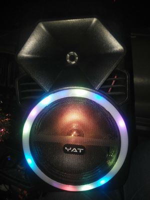 Bluetooth speaker whit lights for Sale in Selma, CA