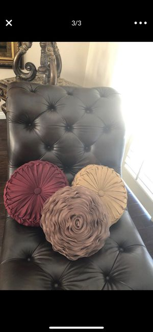 3 home decor pillows for Sale in Poway, CA