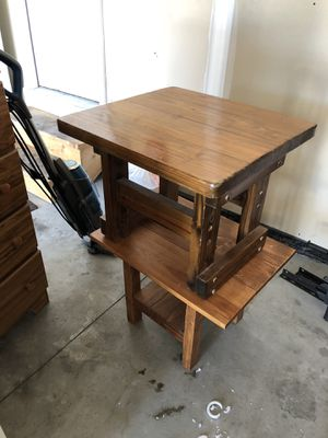 End tables and table desk for Sale in Doniphan, NE