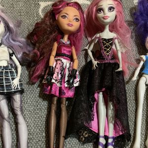 Bundle, Monster High Girls Dolls Toy for Sale in Damascus, OR