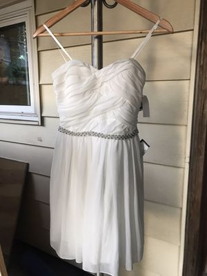 NEW Elegant Strapless White Tube Dress for Sale in Seattle, WA