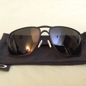 Oakley inmate polarized sunglasses with new lenses for Sale in Arcadia, CA