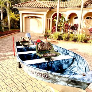Boat, 14.5 Ft Aluminum Bass Or Flats Fishing Boat for Sale in Tampa, FL