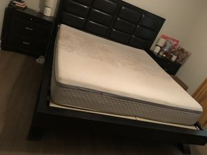 Rooms to Go King Bedroom Set for Sale in Atlanta, GA