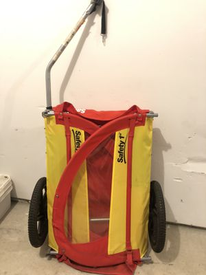 Bike Trailer - Safety 1st for Sale in Lowell, MA