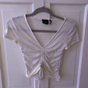 Urban Outfitters White Crop Top for Sale in Scottsdale, AZ