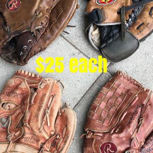 Softball gloves $25 each equipment Rawlings easton bat for Sale in Los Angeles, CA