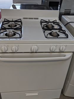 Hotpoint Gas Range for Sale in Salinas,  CA