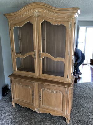 Ethan Allen China Cabinet for Sale in Portland, OR
