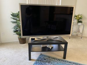 Beautiful two tier wooden tv stand or coffee table in black for Sale in Irvine, CA