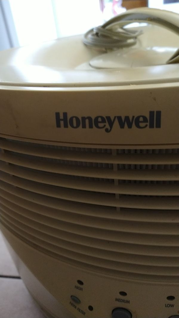 $10! HONEYWELL AIR PURIFIER NEW FILTER Works great!