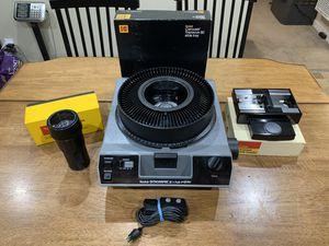 """Kodak Ektagraphic III E Plus Projector w/ Ektanar 4-6""""f/3.5 Slide Tray & Loader for Sale in Fremont, CA"""