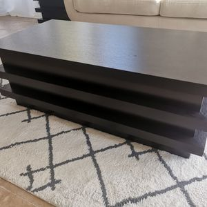 Coffee tabel set with storage for Sale in San Leandro, CA