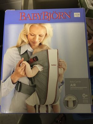 BabyBjorn Baby Carrier Gray/White Mesh for Sale in Tampa, FL