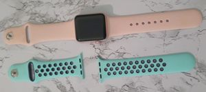 Apple watch with extra band for Sale in Sebastian, FL