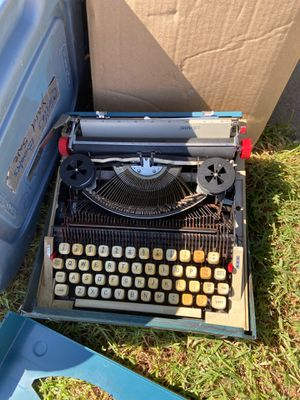 Type writer for Sale in Chino, CA