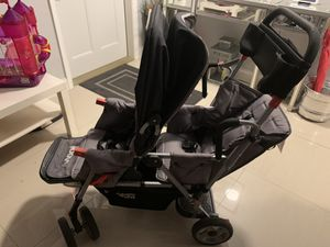 Joovy Caboose Too Ultalight Stand-on Tandem Stroller (double stroller) for Sale in Coral Springs, FL