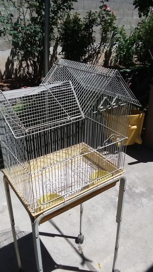 Bird cage with rollers for Sale in West Covina, CA