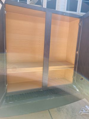 Large kitchen cabinet 36x42x12 for Sale in Richmond, TX