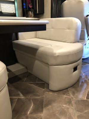 Rv booth for Sale in Covina, CA