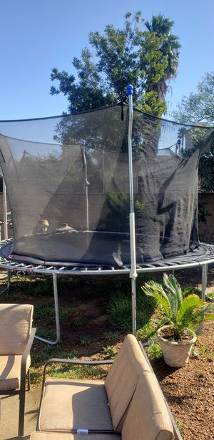 Trampoline 12' for Sale in Los Angeles, CA
