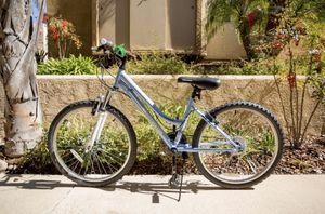 ROADMASTER Granite Peak 24 inch Girl's Mountain Bike - Light Blue for Sale in Chula Vista, CA