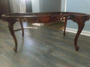 Antique coffee table for Sale in Warren, MI