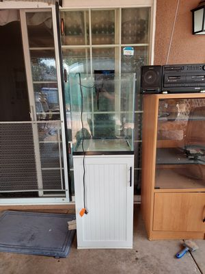 30 gal aquarium tank with stand for Sale in Fresno, CA