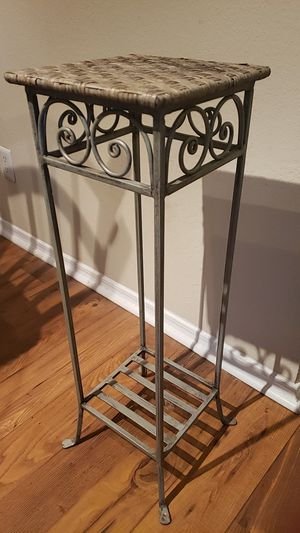Tall Plant Stand for Sale in Franklin, TN