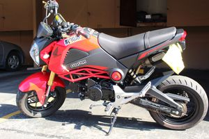 2015 Honda grom 4 sale for Sale in Whittier, CA