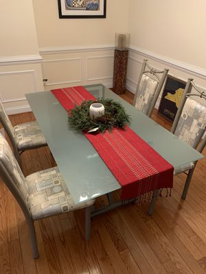Glass dining table with chairs- excellent condition for Sale in Alexandria, VA