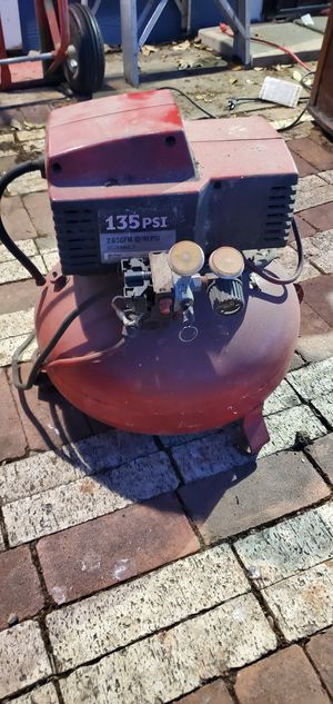 135 psi Compressor. for Sale in San Antonio, TX