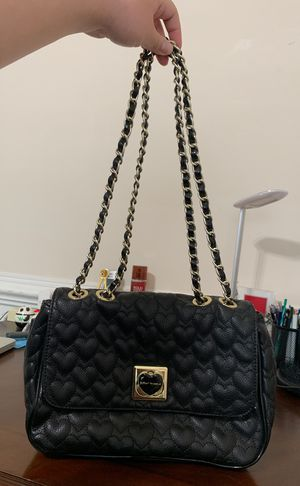 Betsey Johnson Heart Chain Purse for Sale in Manassas, VA