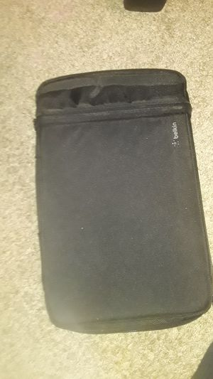 1 chromebook case and 2 chargers for Sale in Fort Myers, FL