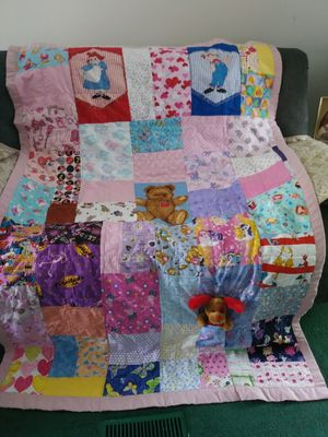 Raggedy Ann n Andy Quilt for Sale in Gibsonton, FL