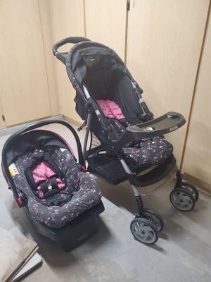 Stroller and Baby Carrier Set for Sale in Peoria, AZ